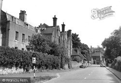 1954, Limpsfield