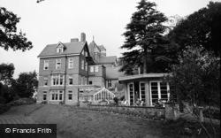 Limpsfield, Caxton Convalescent Home 1965