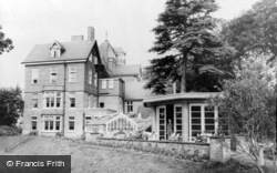 Limpsfield, Caxton Convalescent Home c.1965