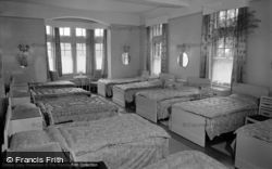 Limpsfield, Caxton Convalescent Home, The Dormitory 1965