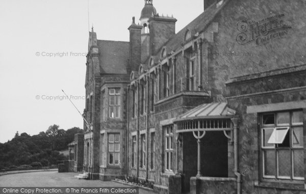 Photo of Limpsfield Chart, Henry Radcliffe's Home c.1955