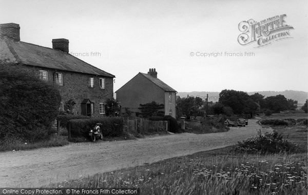 Photo of Limpsfield Chart, The Post Office c.1955