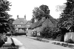 De Tillens Corner 1924, Limpsfield