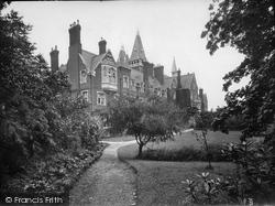 St Michael's 1924, Limpsfield