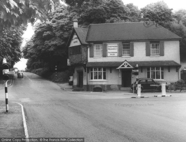 Photo of Limpsfield, The Plumbers Arms 1967