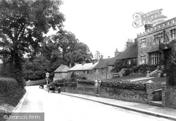 Wolfes Row 1906, Limpsfield