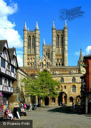 Lincoln, Cathedral And Exchequer Gate 2007