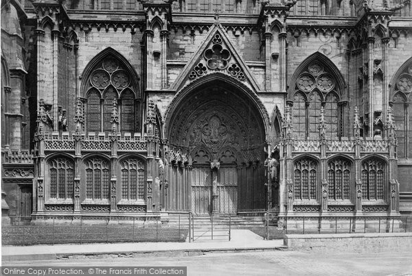 Photo of Lincoln, Cathedral, South Door 1890