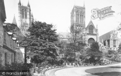 Lincoln, Cathedral, South Side 1890