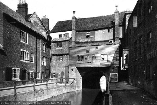 Photo of Lincoln, High Bridge 1890
