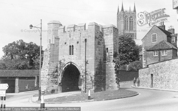 Photo of Lincoln, Pottergate c.1955