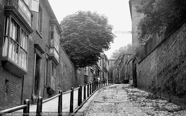 Photo of Lincoln, Steep Hill c.1950