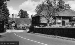 Lindfield, Pretty Corner c.1960