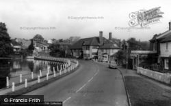 Lindfield, The Pond c.1965