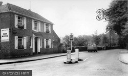 Lindfield, The Witch c.1960