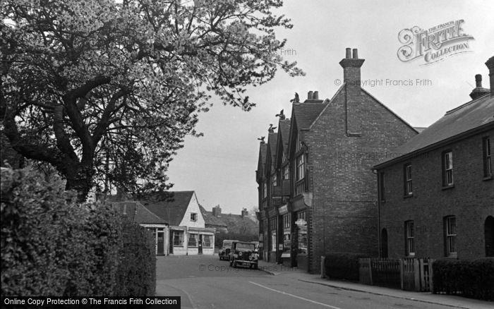 Photo of Lingfield, 1951