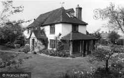 Church Cottage 1959, Lingfield