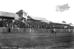 Grand Stand 1904, Lingfield