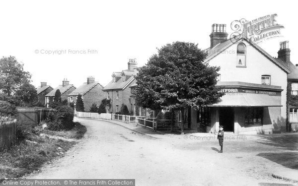 Photo of Lingfield, New Town 1906