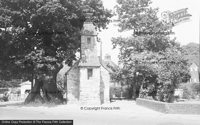 Photo of Lingfield, St Peter's Cross 1964