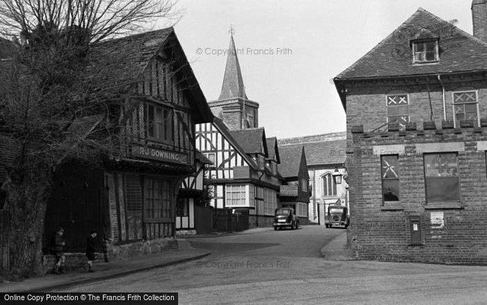 Photo of Lingfield, The Church And Old Town 1950