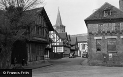 Lingfield, The Church And Old Town 1950