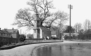 Lingfield, the Old Prison and the Pond c1950