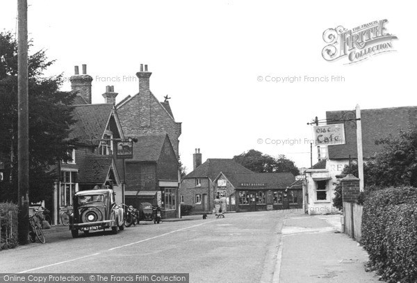Photo of Lingfield, The Village 1952