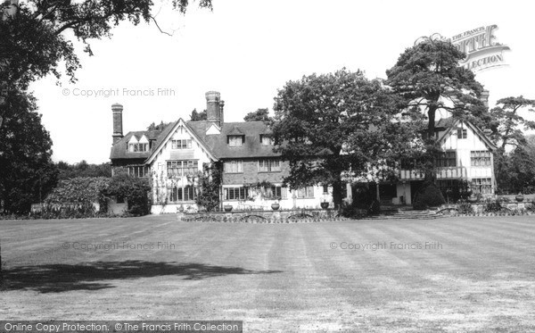 Photo of Lingfield, Tudor Cottage In Mormon Temple Grounds 1964