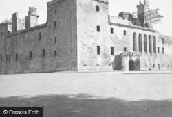 Palace 1949, Linlithgow