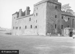 Palace 1955, Linlithgow