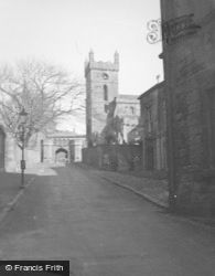 Palace Gateway And St Michael's Church c.1948, Linlithgow