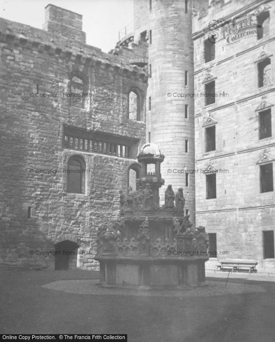 Photo of Linlithgow, Palace, King's Fountain 1949