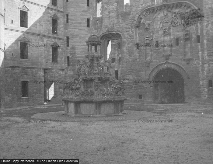 Photo of Linlithgow, Palace, King's Fountain c.1948
