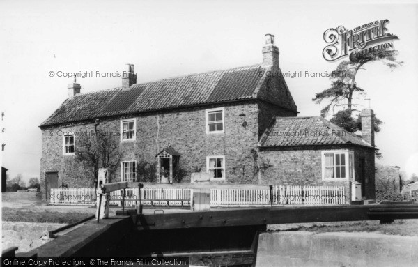 Photo of Linton On Ouse, The Lock c.1960