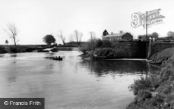 Linton-on-Ouse, The Lock, River Ouse c.1960