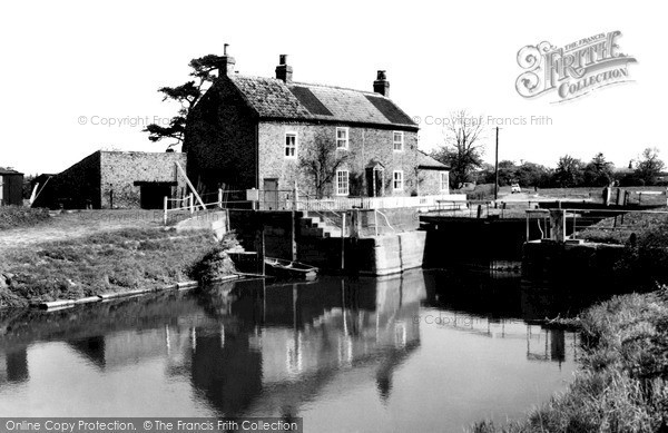 Photo of Linton On Ouse, The Lock, River Ouse c.1960