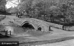 Packhorse Bridge c.1955, Linton