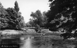 The River c.1960, Linton