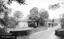 The Village c.1955, Linton