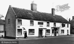 Linton, The White Swan c.1955