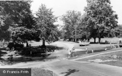 Moyles Court Ford c.1965, Linwood