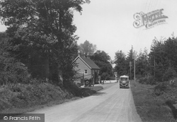 Liphook, The Black Fox, Portsmouth Road 1924