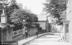 Liskeard, Children In Upper Lux Street 1893