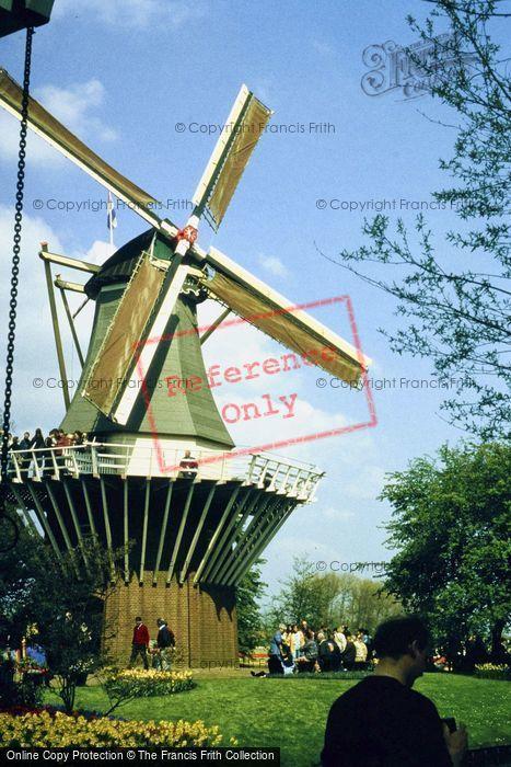 Photo of Lisse, Keukenhof Windmill 1999