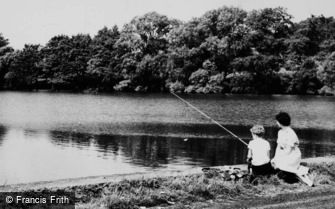 Little Budworth, Fishing at Oulton Mill Pool c1960