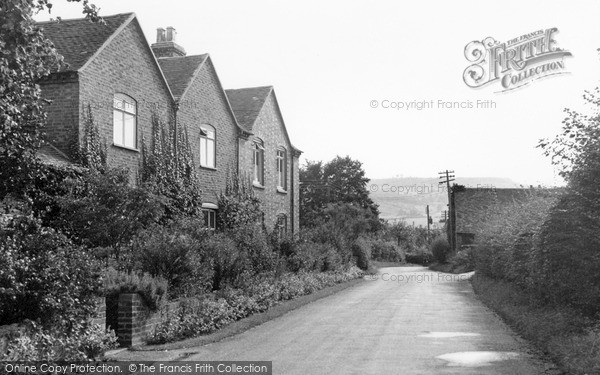 Little Comberton, Grange Farm c1955.  (Neg. L216011)  © Copyright The Francis Frith Collection 2008. http://www.francisfrith.com