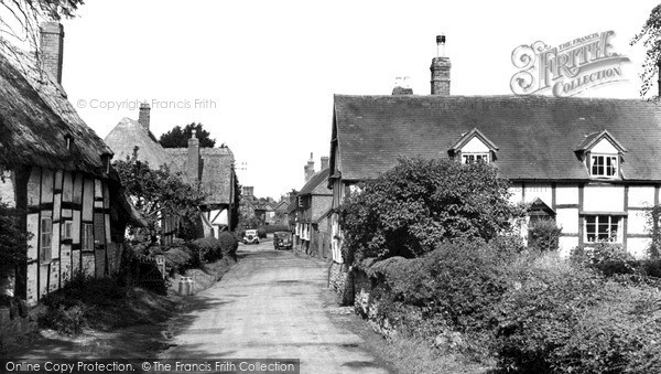 Little Comberton, the Village c1955.  (Neg. L216002)  © Copyright The Francis Frith Collection 2008. http://www.francisfrith.com