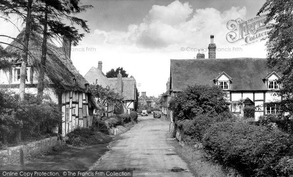 Little Comberton, the Village c1955.  (Neg. L216003)  © Copyright The Francis Frith Collection 2008. http://www.francisfrith.com