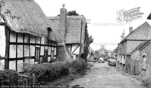 Little Comberton, the Village c1955.  (Neg. L216004)  © Copyright The Francis Frith Collection 2008. http://www.francisfrith.com